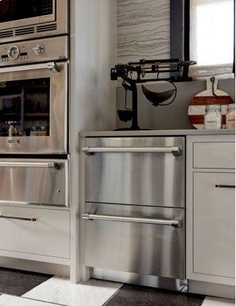 Freedom™ Drawer Refrigerator 24'' Professional Stainless steel T24UR920DS