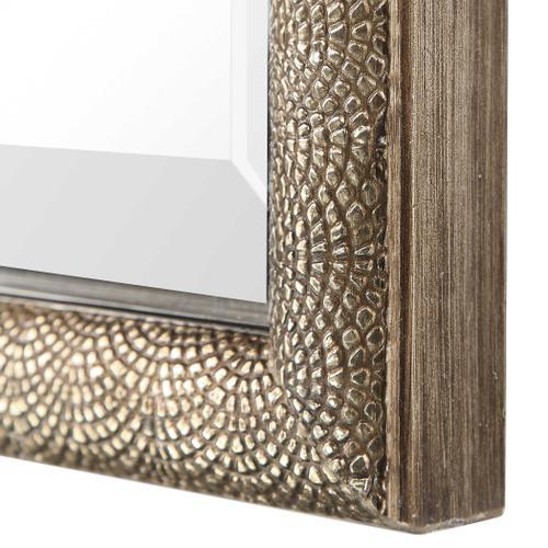 Barree Mirror