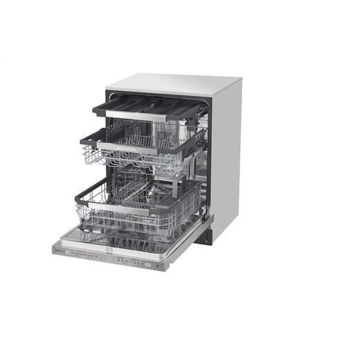 LG SIGNATURE Top Control Smart Wi-Fi Enabled Dishwasher with TrueSteam® and QuadWash™