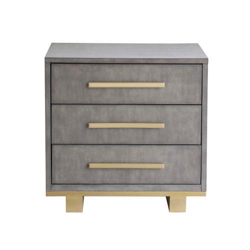 Pulaski Furniture - Miranda 3 Drawer Nightstand