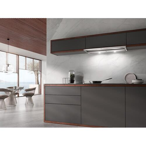 DA 3496 Built-in ventilation hood with energy-efficient LED lighting and backlit controls for easy use.