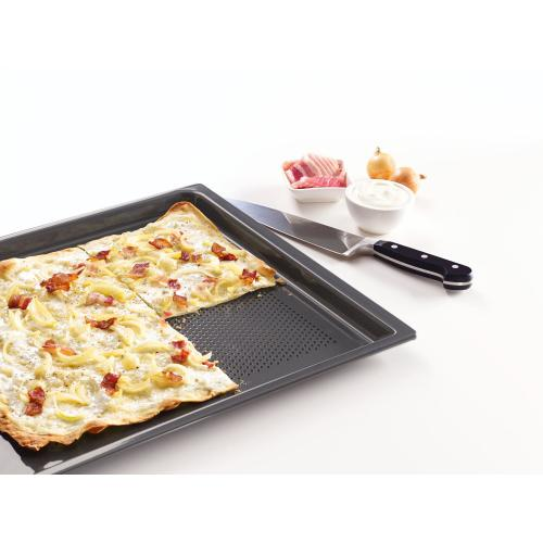 Gallery - HBBL 71 - Perforated Gourmet baking tray for everything that is crunchy and crisp.