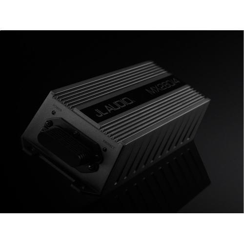 4 Ch. Class D Full-Range Amplifier, 280 W