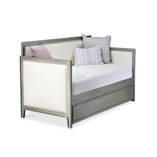 Wesley Allen - Avery Day Bed