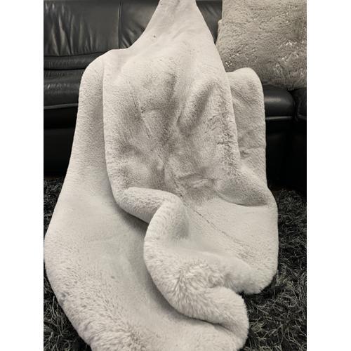 "Rug Factory Plus - Chinchilla Feel Faux Fur Throw - 50"" x 60"" / Silver"