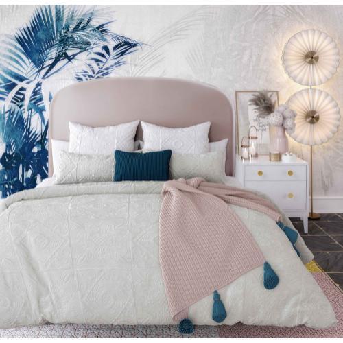 Product Image - Vivi Blush Velvet Bed in Queen