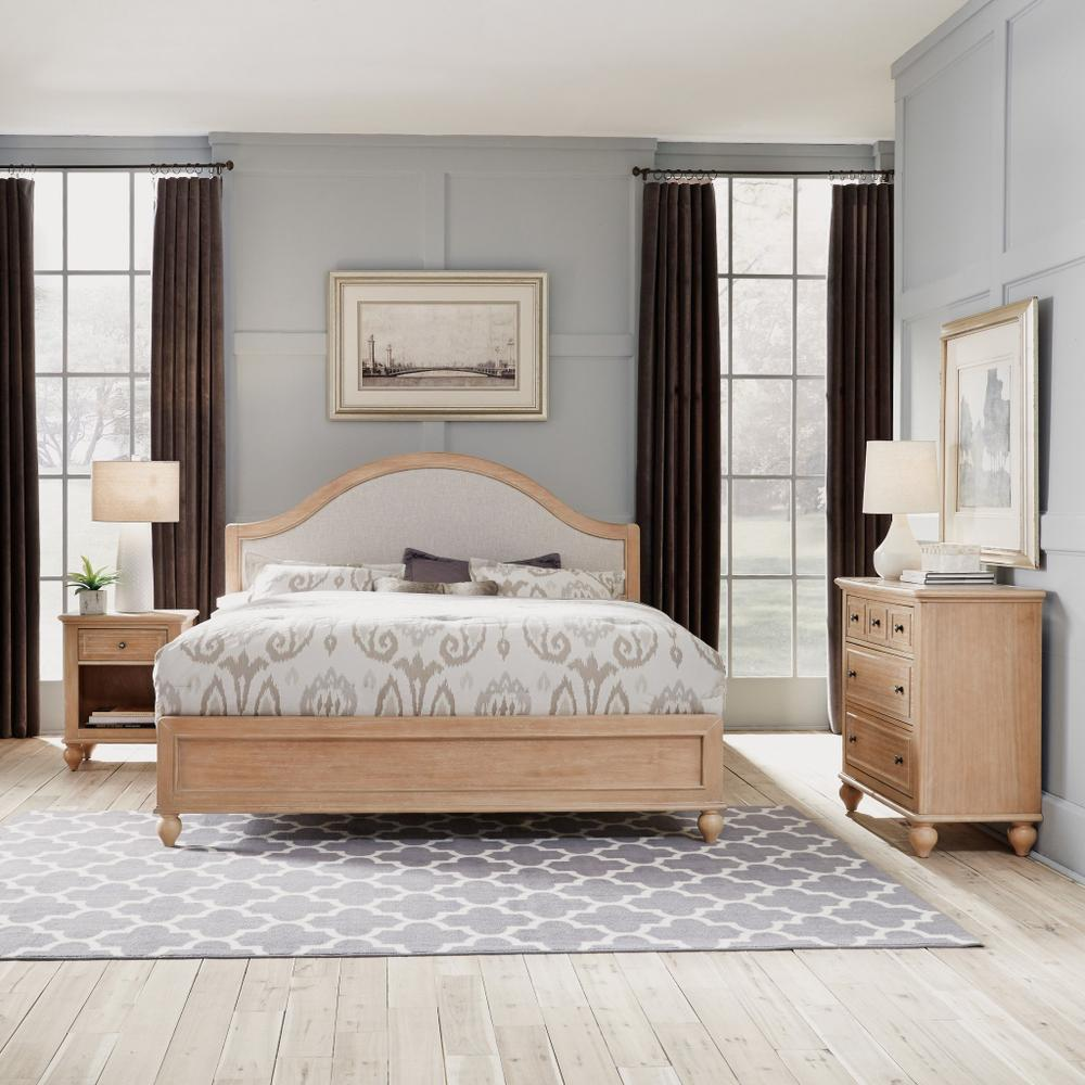 Claire King Bed, Nightstand and Chest