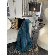 "Chinchilla Feel Faux Fur Throw - 50"" x 60"" / Teal Blue"