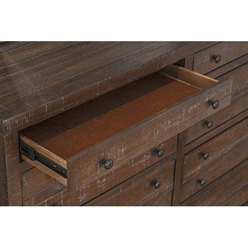 Edinburg 8-Drawer Dresser, Brown