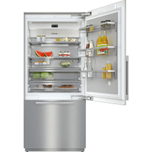KF 2902 SF - MasterCool™ fridge-freezer with high-quality features and maximum storage space for exacting demands.