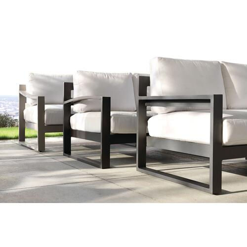 Bassett Furniture - Bonavista 3 Piece Track Arm L-Sectional