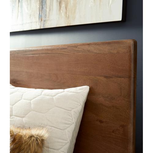 Isanti King Panel Bed