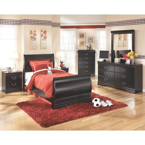 Twin Sleigh Bed With Mirrored Dresser, Chest and Nightstand