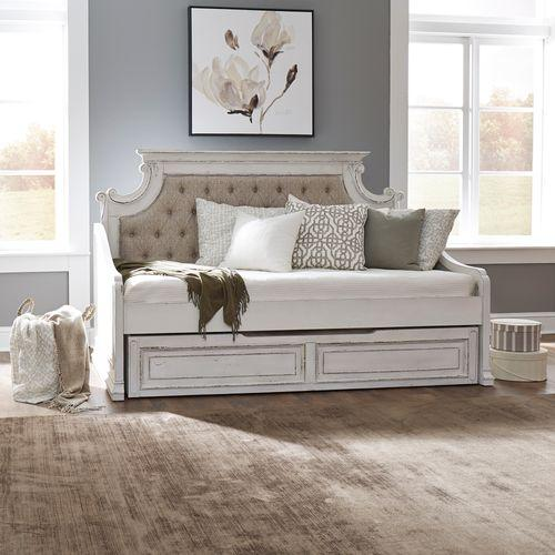 Liberty Furniture Industries - Twin Daybed with Trundle