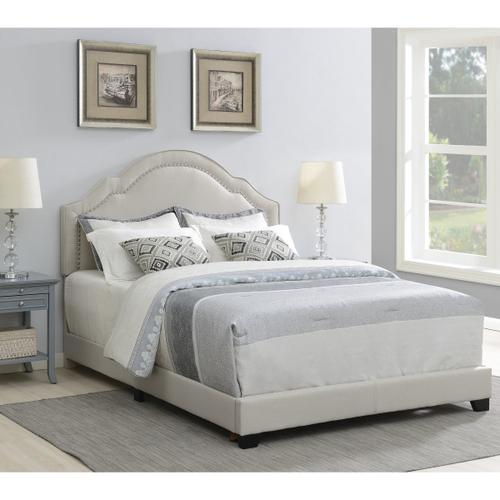 Queen Anne Nailhead Trim Upholstered Full Bed in Light Gray