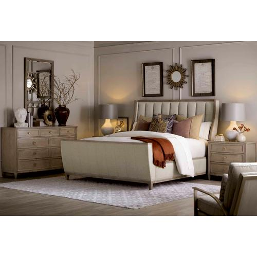 Cityscapes Chelsea Upholstered Shelter Sleigh Queen Bed