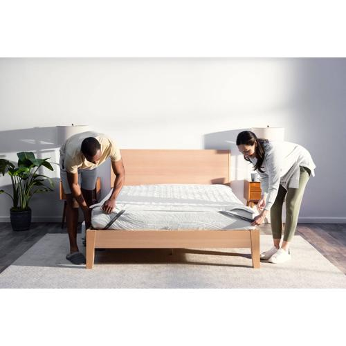 Chili Technology - Cube Sleep System with Chilipad™ Cool Mesh™ - Queen \ we