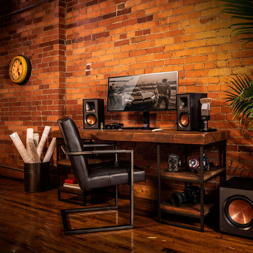 R-41PM Powered Speakers (Pair)