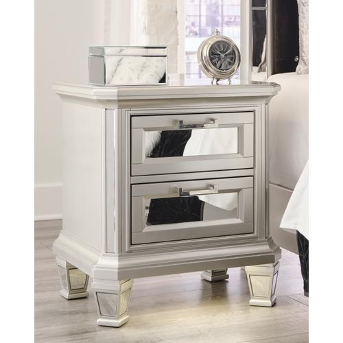 Signature Design By Ashley - Lindenfield Nightstand