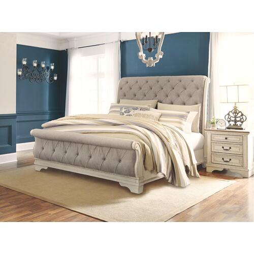 Realyn King Sleigh Bed