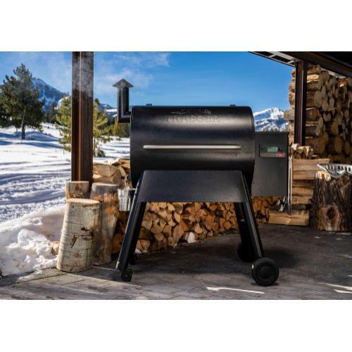 Traeger Pro 780 Pellet Grill - Black