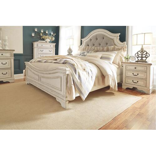 Realyn California King Upholstered Panel Bed Chipped White
