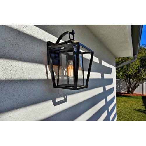 Artisan 1-Light Outdoor Wall Mount
