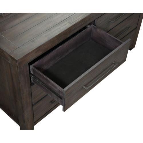 Heath Dresser
