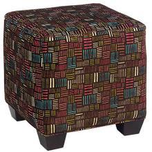 Product Image - Hickorycraft Ottoman (098800)