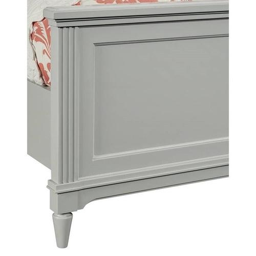 Clementine Court Spoon Full Panel Bed