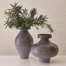 Nova Vase-Reactive Grey-Short