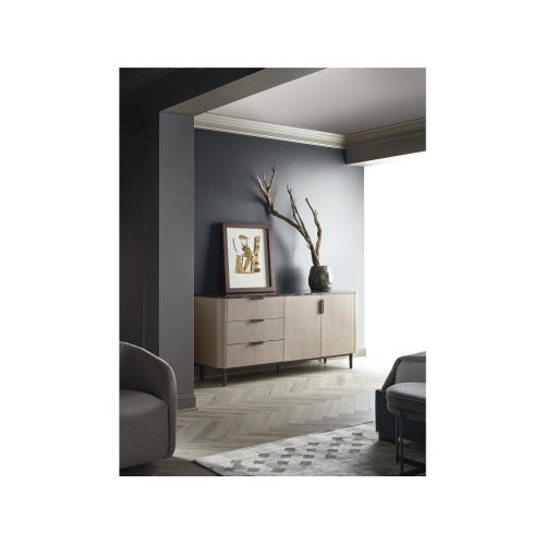 Magon Door Dresser