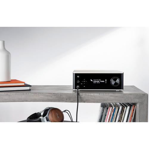 Integrated Network Amplifier with 70W Power per Channel and HEOS Built-in