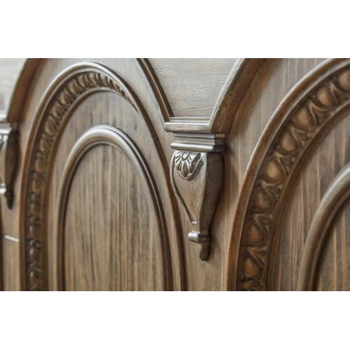 A.R.T. Furniture - Architrave Queen Panel Bed