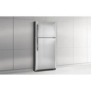 Frigidaire Professional - Frigidaire Professional 20.61 Cu. Ft. Top Freezer Refrigerator