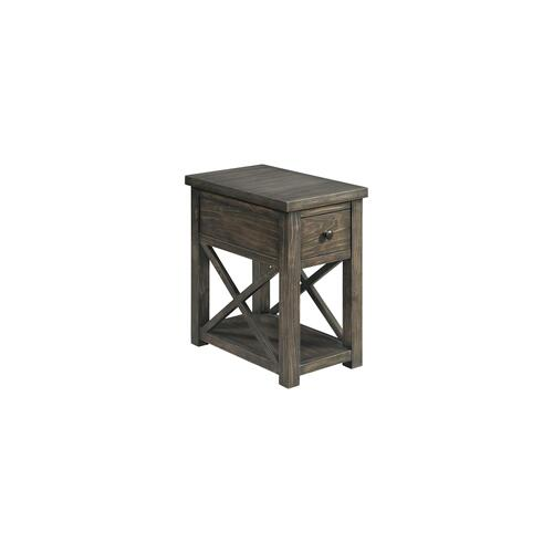 Lane Home Furnishings - 7607 Chairside Table