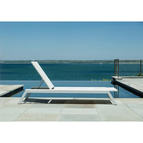 Seaside Casual - Mad Chaise (400)