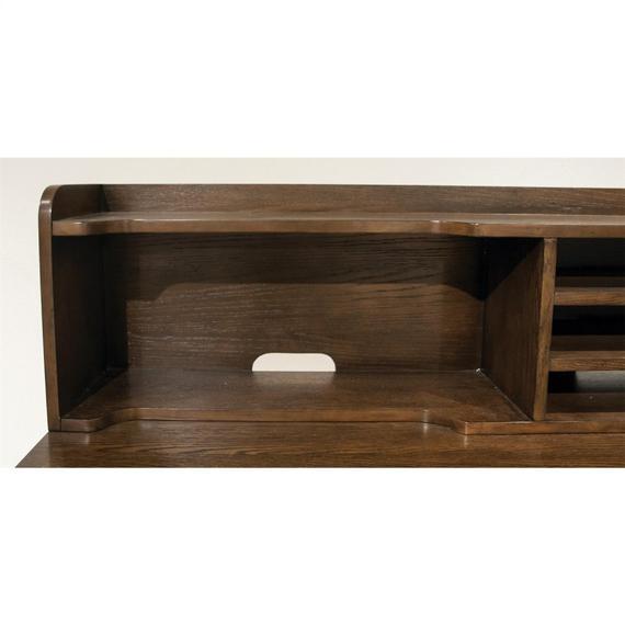 Riverside - Vogue - Hutch - Plymouth Brown Oak Finish