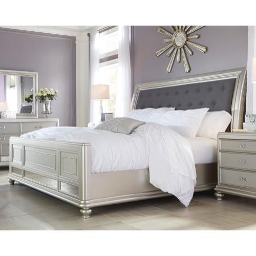 Coralayne California King Panel Bed