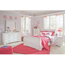 Full Sleigh Bed With Mirrored Dresser and Chest