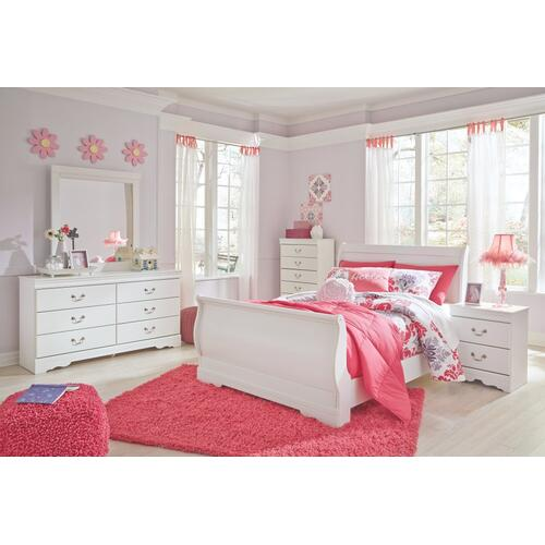 Full Sleigh Bed With Mirrored Dresser