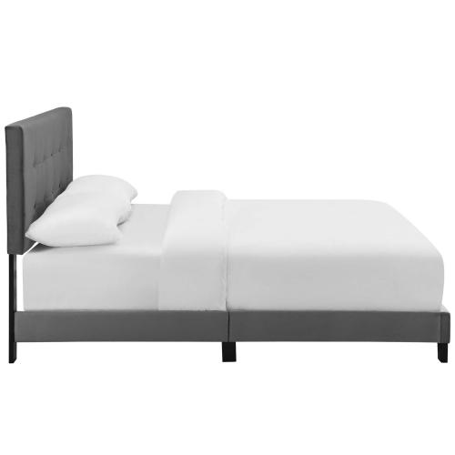 Amira King Performance Velvet Bed in Gray