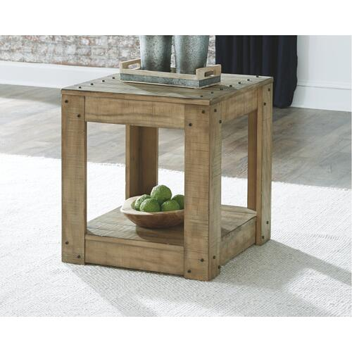 Lindalon End Table