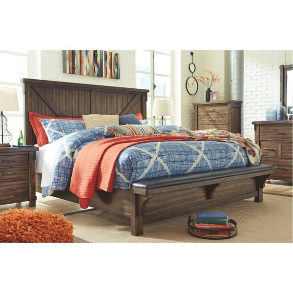 Lakeleigh Queen Panel Bed With Upholstered Bench