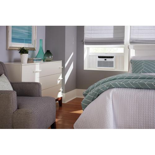 Frigidaire - Frigidaire 5,000 BTU Window-Mounted Room Air Conditioner