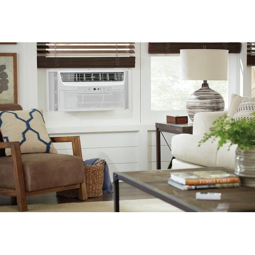Frigidaire - Frigidaire Gallery 6,000 BTU Quiet Temp Smart Room Air Conditioner