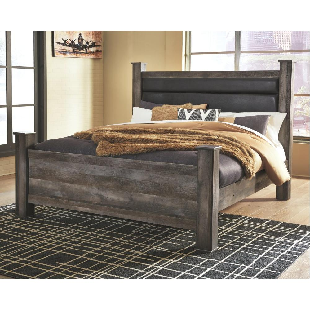 Wynnlow King Poster Bed
