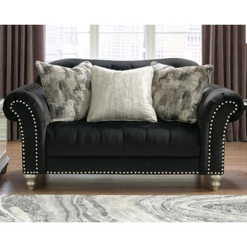 Harriotte Loveseat