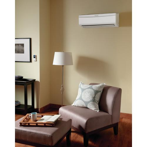 Frigidaire Ductless Split Air Conditioner with Heat Pump 9,000 BTU