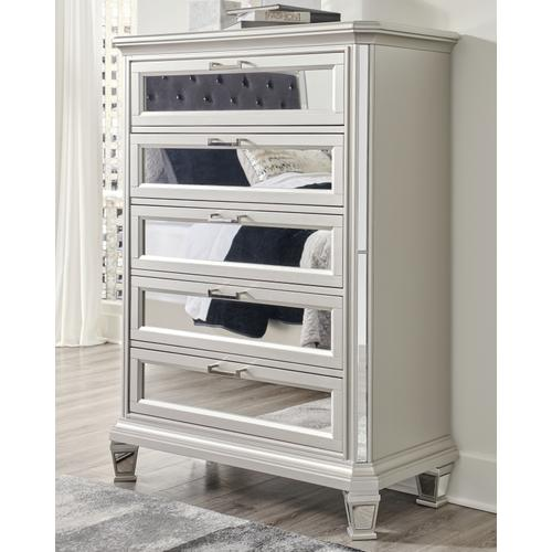 Signature Design By Ashley - Lindenfield Chest of Drawers